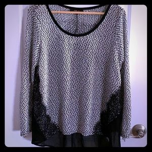 Beautiful Hounds Tooth Blouse
